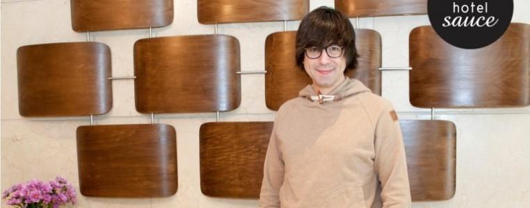 Luis Piedrahita en el Hotel Sauce. Entrevista teatro en Zaragoza