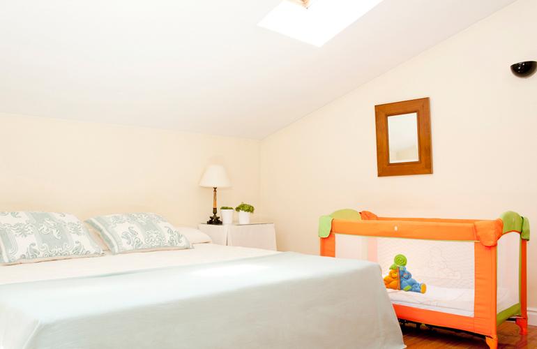 Habitaci n con cuna en el centro de zaragoza hotel sauce for Hoteles para ninos en zaragoza