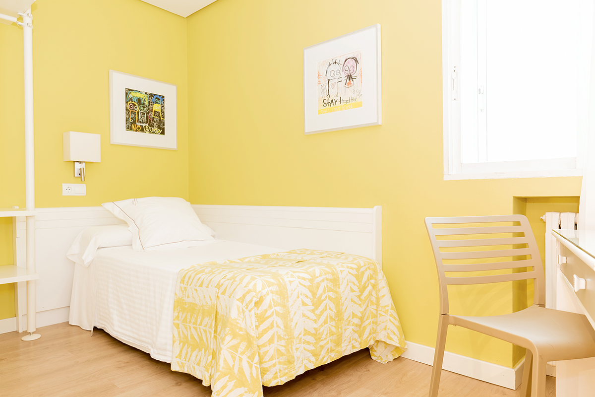 Chambres individuelles au centre de saragosse h tel for Habitacion familiar en zaragoza